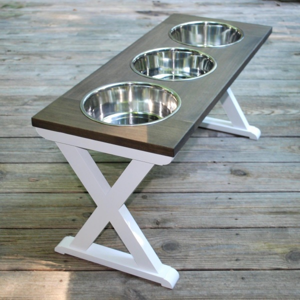 DIFFERENT DOG BOWL SHAPES YOU SHOULD KNOW ABOUT